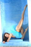 flexible girls naked pic