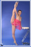 young girl gymnast flexible video