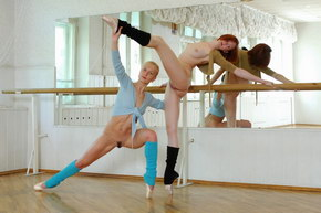 sexy flexible blogspot
