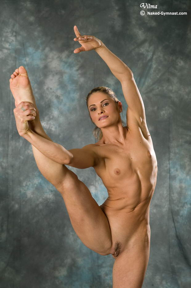 nude female ballerinas